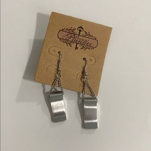 Silver plunder earrings